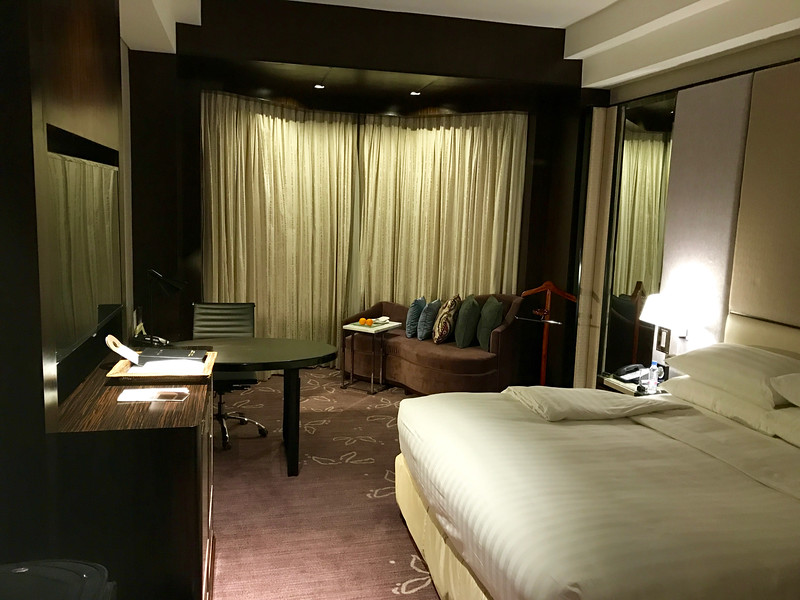 Diamond Hotel, Manila