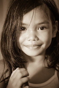 Cute kid met at the Manila Cathedral.