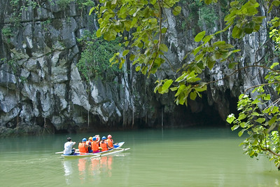 Tour group entering the Underground River cave - Palawan, Philippines