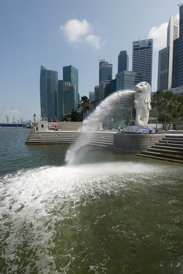 The Merlion statute at Merlion Park in Singapore