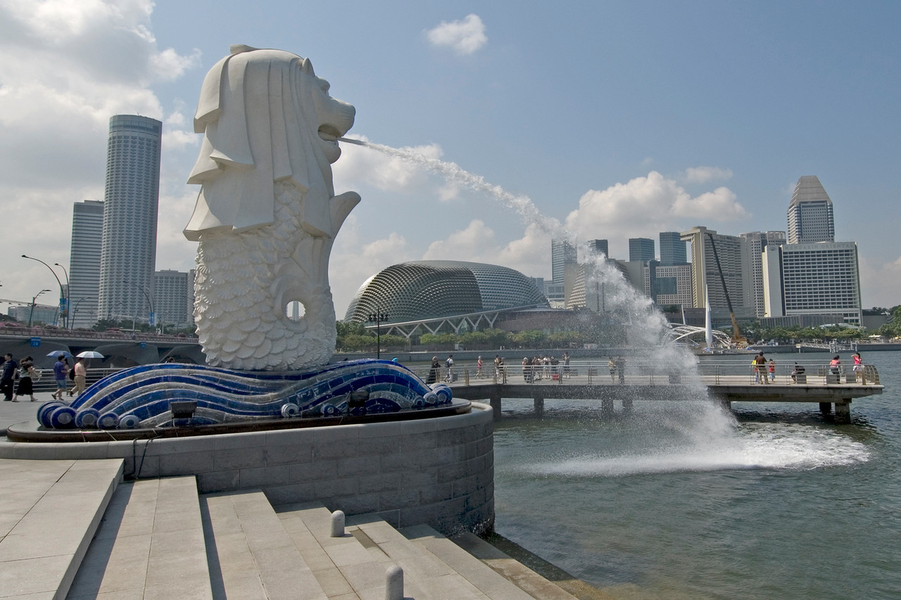 Wide shot of the Merlion Park in Singapore