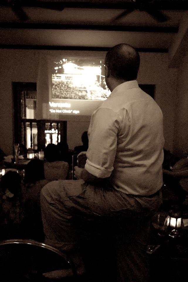 Slideshow presentation in Sepia