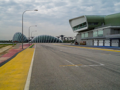 Looking back towards the final corner with the Garden by the bay in the background