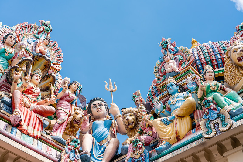 Sri Mariamman Temple...<br /> Built in 1827, the city's oldest Hindu temple features a tower densely ornamented with deities.