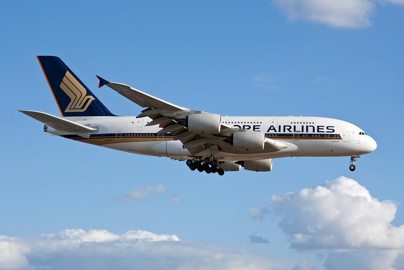 9V-SKI Airbus A380-841 c/n 034 Heathrow/EGLL/LHR 17-07-10