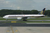 9V-SRN Boeing 777-212ER c/n 32318 Singapore-Changi/WSSS/SIN 21-11-09
