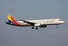 HL7722 Airbus A321-231 c/n 2041 Fukuoka/RJFF/FUK 11-01-14