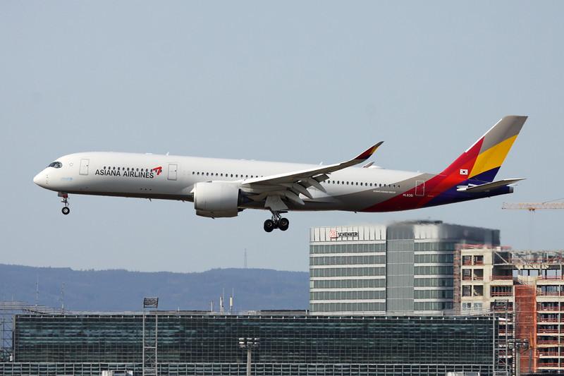 HL8361 Airbus A350-941 c/n 301 Frankfurt/EDDF/FRA 11-09-20