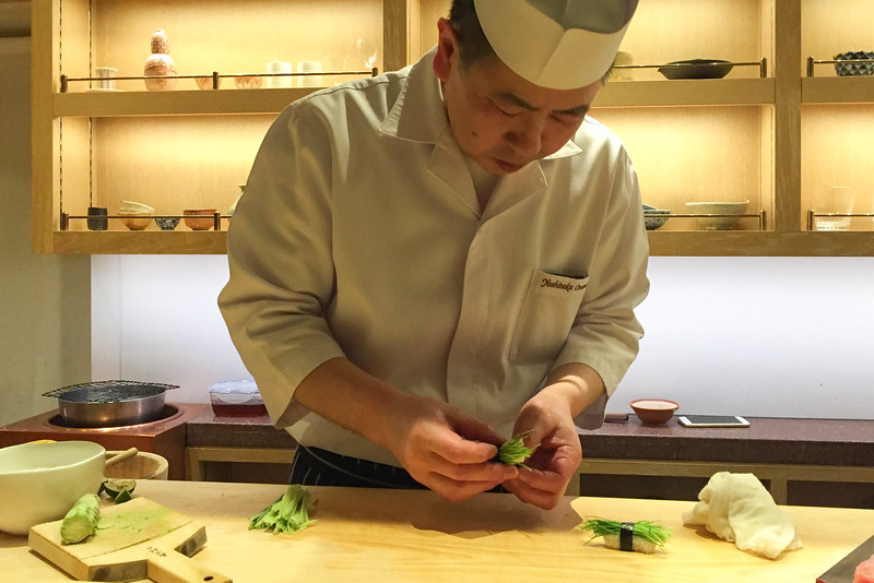 The sushi chef at work: Omakase sushi at The SUSHI, Andaz Tokyo