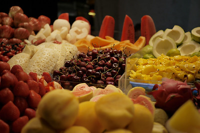 Street eats, decorative fruit, at the Shinlin Night Market in Taipei, Taiwan.