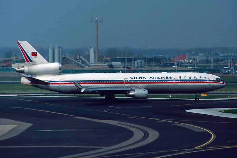 "B-153 McDonnell-Douglas MD-11 ""China Airlines"" c/n 48471 Amsterdam/EHAM/AMS 11-04-95 (35mm slide)"
