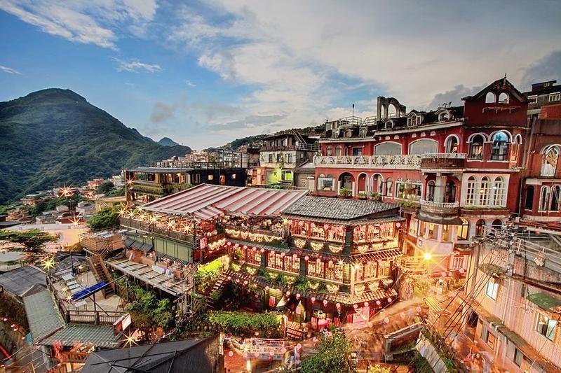 Kunjungi 5 Destinasi Wisata Ramah Lansia di Asia