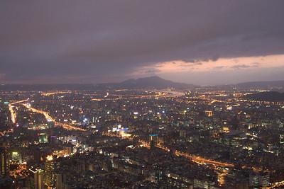 Overlooking view of the Taipei skyline at night - Taipei, Taiwan