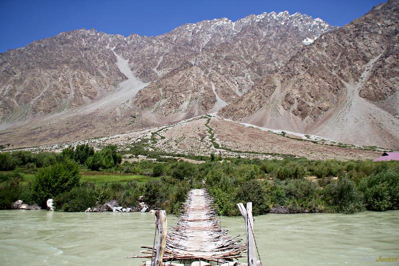 photos of tajikistan - a typical bridge along the pamir highway