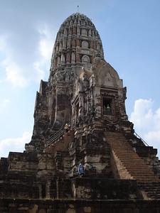 Central Sanctuary Wat Ratchaburana, Ayuthaya - Thailand.