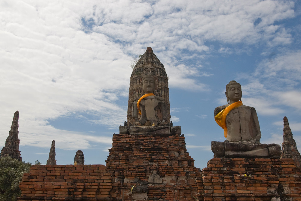 Sitting Buddha at Wat Chaiwatthanaram in Ayutthaya, Thailand