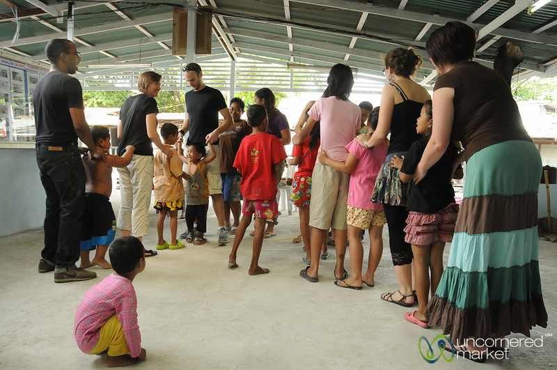 More Saturday Morning Games - Yommarat, Bangkok