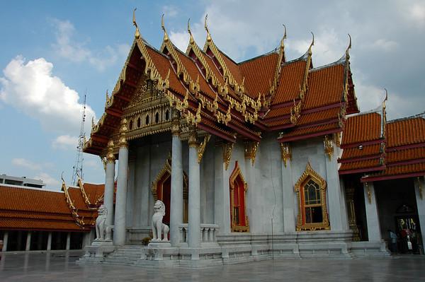 Wat Benchamabophit (Marble Temple) - Bangkok, Thailand