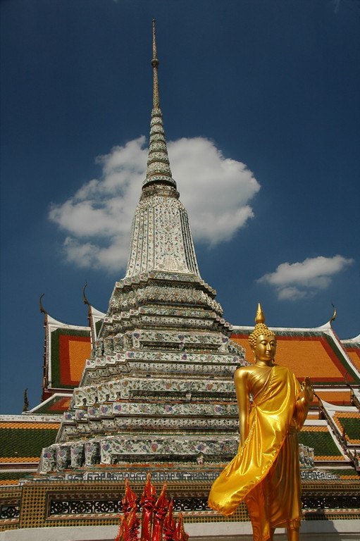 Wat Arun Buddhist Temple - Bangkok, Thailand