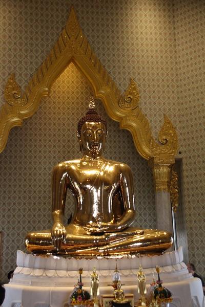 Wat Traimit (Golden Buddha)