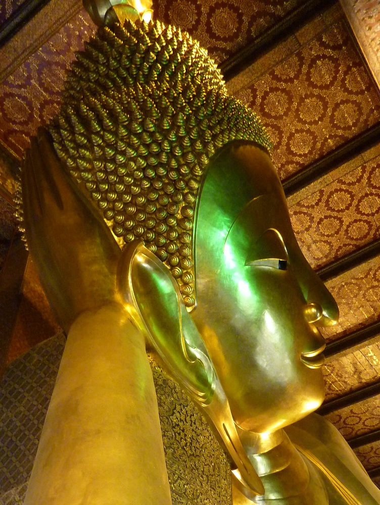 Reclining Buddha at Wat Pho - Bangkok