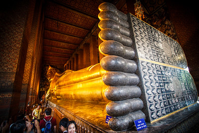The legendary lying Buddha of Wat Pho.