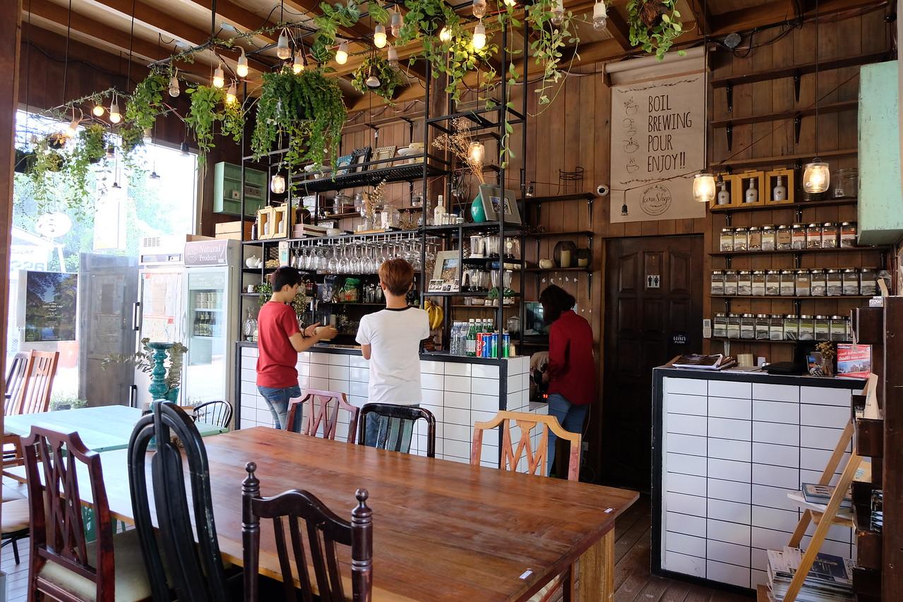 Rustic & Blue Cafe