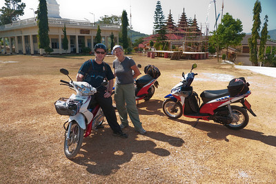 motorcycle-tour-chiang-rai-thaiand-2