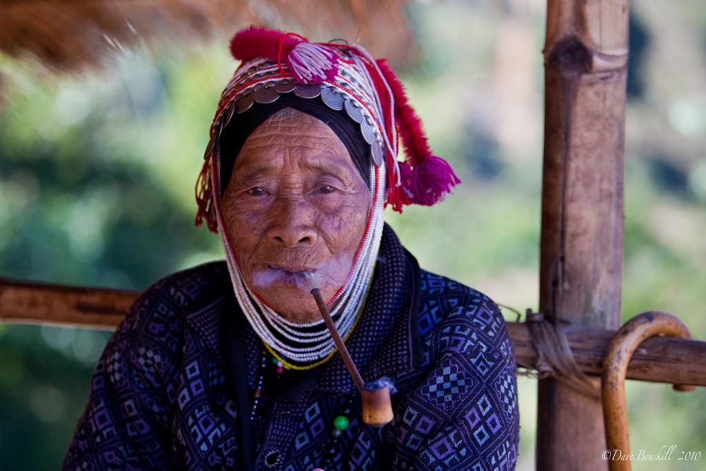 old-woman-portrait-thailand
