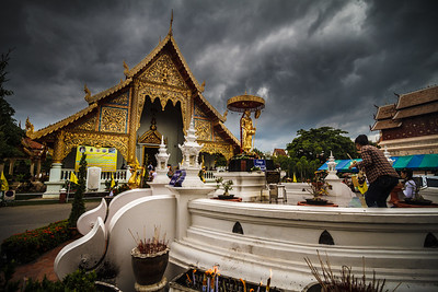 Life scene around Wat Phra Sing.