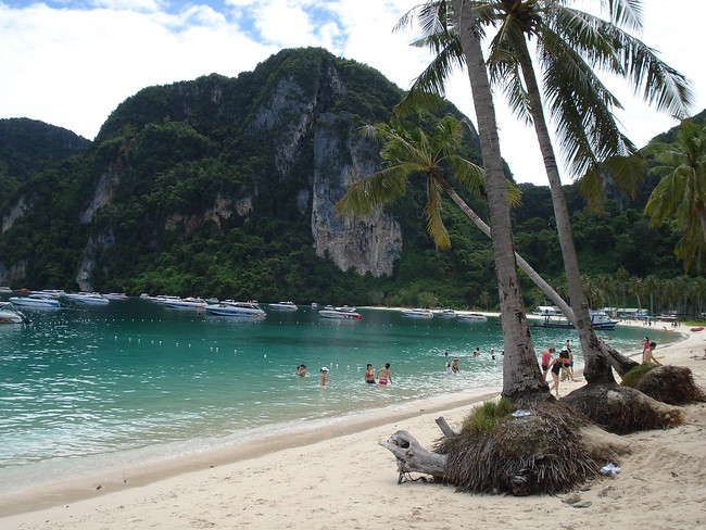 Ton Sai Bay, Koh Phi Phi Don - Thailand