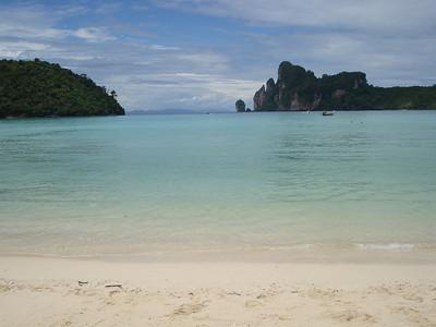 Beach, Koh Phi Phi Don - Thailand.