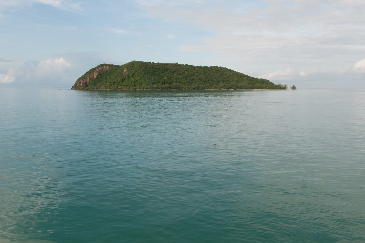 Large island in the middle of the ocean - Ko Samui, Thailand