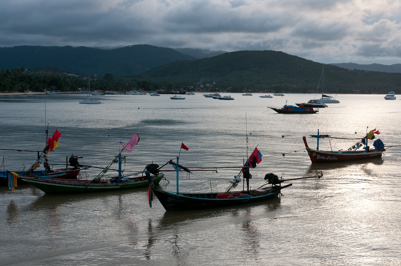 Fishing boats and yachts scattered at sea - Ko Samui, Thailand
