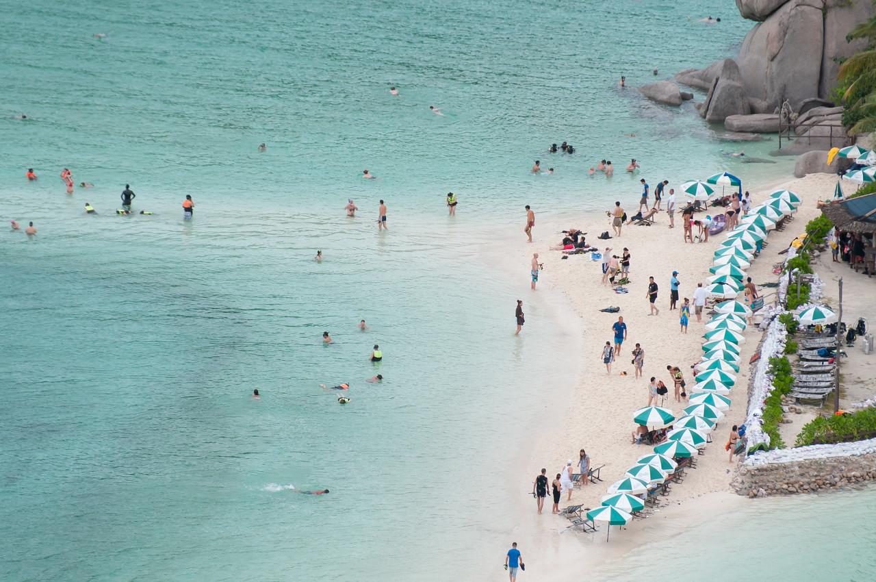 Overlooking shot of tourists swimming in Ko Samui, Thailand