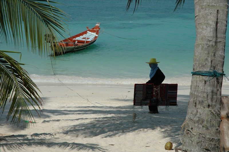 Saleswoman on the Beach - Haad Yao, Thailand