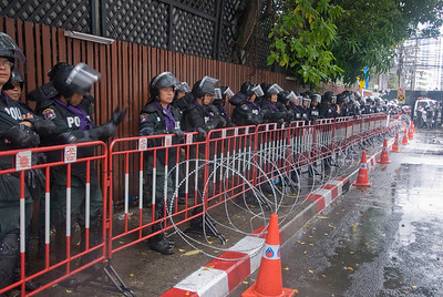 Riot police, steel barricades and barbed wire - Thailand