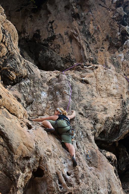 Rock-Climbing-Railay-Krabi-thailand-19