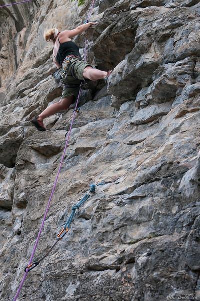Rock-Climbing-Railay-Krabi-thailand-9