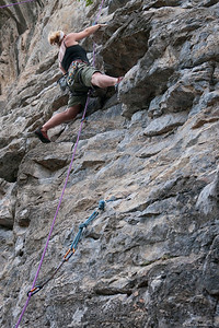 Rock-Climbing-Railay-Krabi-thailand-9