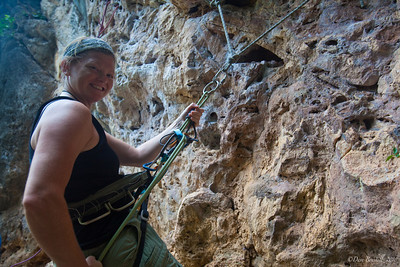 Rock-Climbing-Railay-Krabi-thailand-12