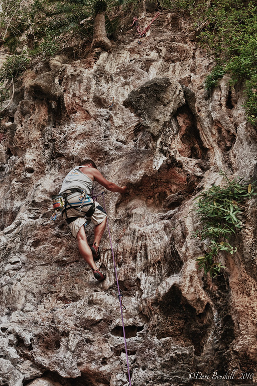 Rock-Climbing-Railay-Krabi-thailand-31