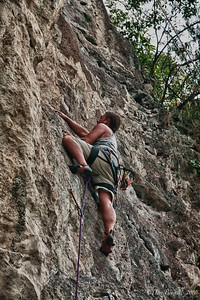 Rock-Climbing-Railay-Krabi-thailand-27