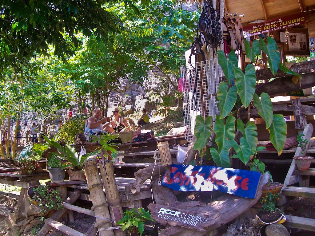Rock-Climbing-Railay-Krabi-thailand-37