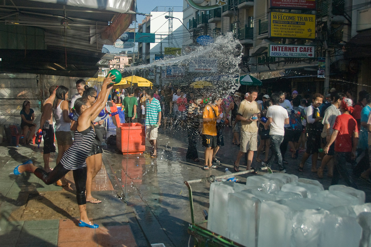 The crowd getting a shower of water during the 2010 Songkran Festival
