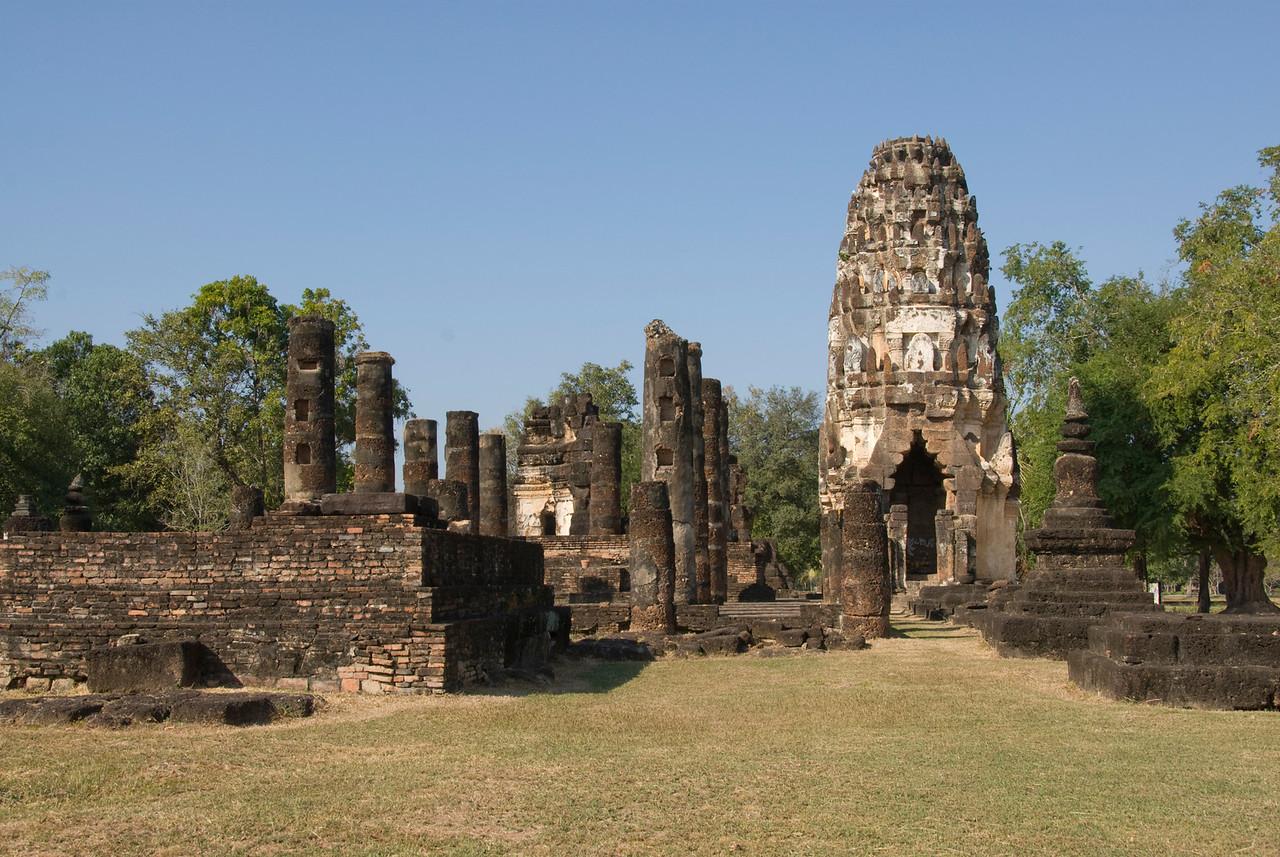 The ruins at Wat Phra Phai Luang - Sukhothai, Thailand