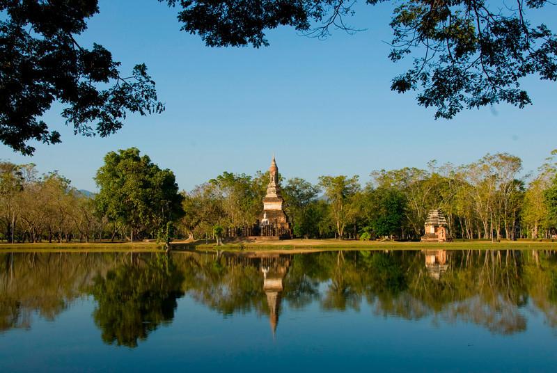 Beautiful reflection of Wat Traphang Ngoen on water - Sukhothai, Thailand