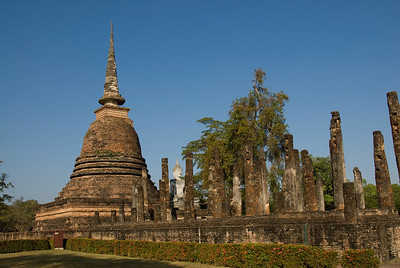 Wide shot of ruins at Wat Mahathat - Sukhothai, Thailand