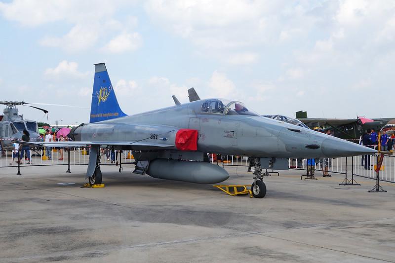 "B.Kh18Kh-24/24 (21124) Northrop F-5E Tiger II ""Royal Thai Air Force""  c/n TU1007 Bangkok-Don Mueang/VTBD/DMK 09-01-16"