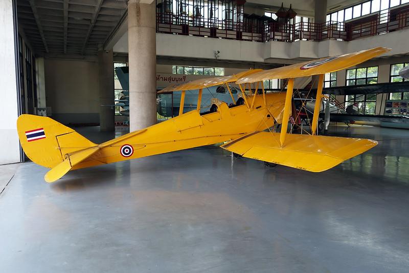 B.F10-21/94 de havilland DH-82A Tiger Moth c/n 82794 Bangkok-Don Muang/VTBD/DMK 27-04-15